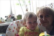 Няня - помощница в семье с двум детьми