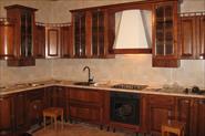 сборка  кухни с обшивкой стеновыми панелями основания