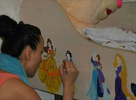 Роспись стен, потолков и мебели.  Акриловая краска кистями или аэрографом.